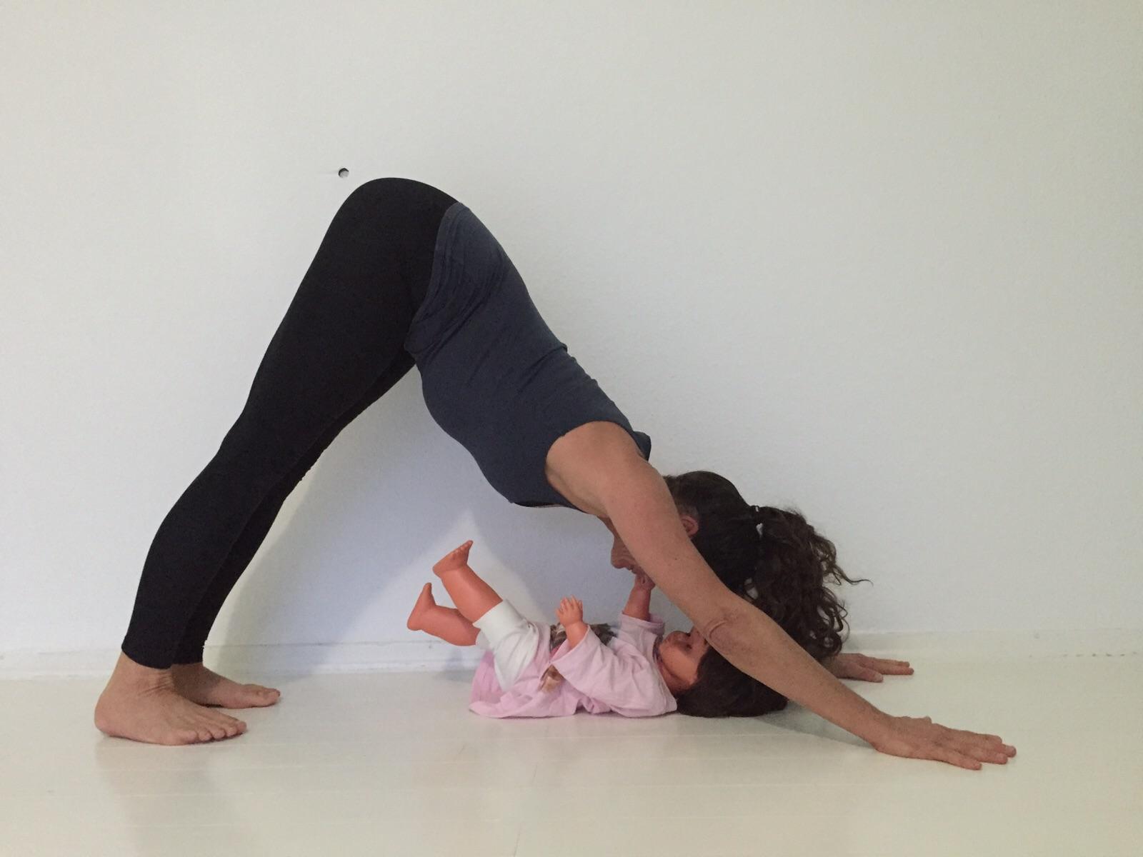 Yoga für Mamas Yoga für Mamis Rückbildungsgymnastik Yoga Postnatal Münster