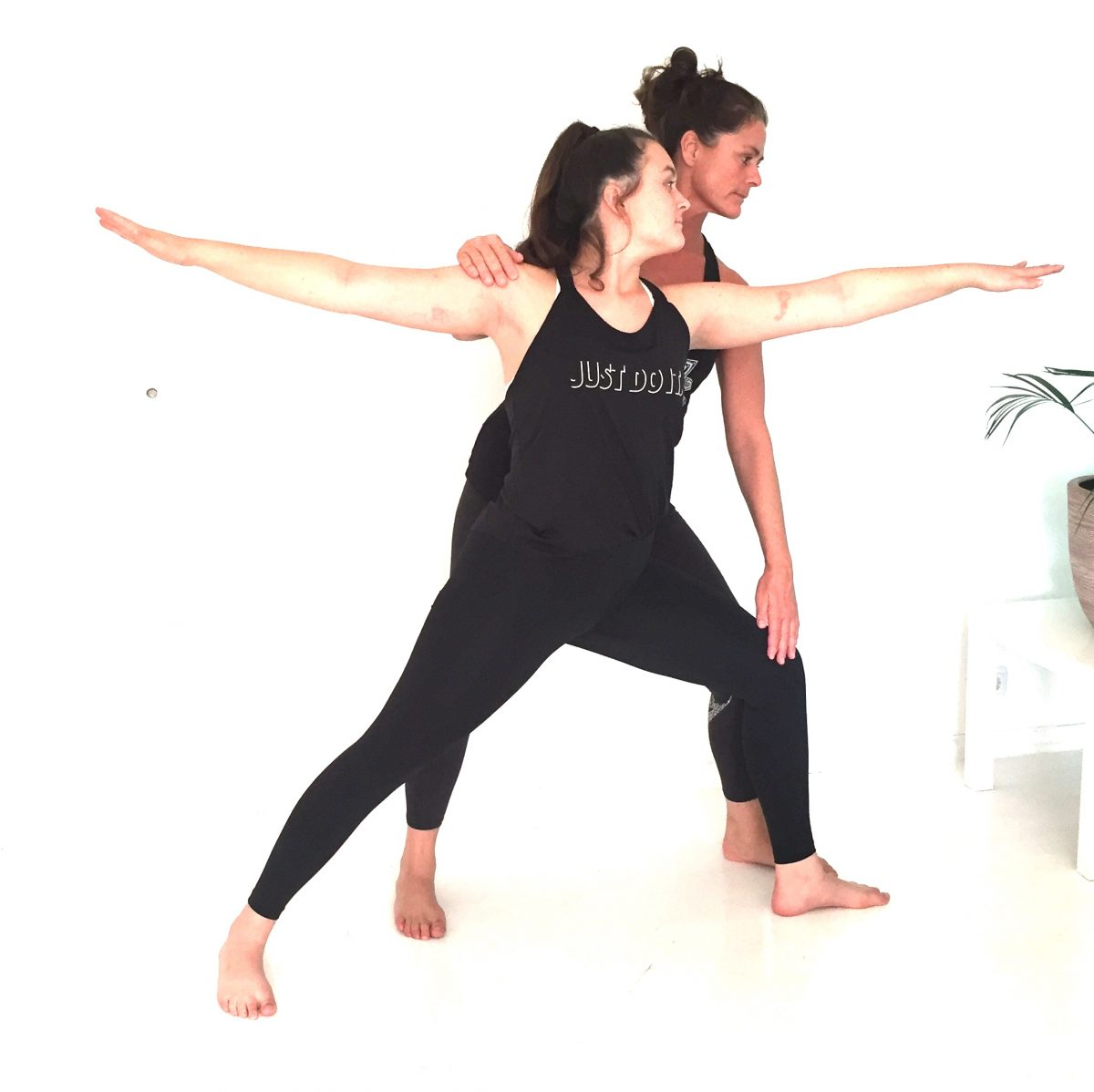 yogaausbildung-haltung-korrigieren-krieger